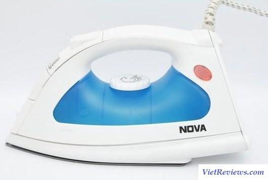 Bàn là hơi nước Nova