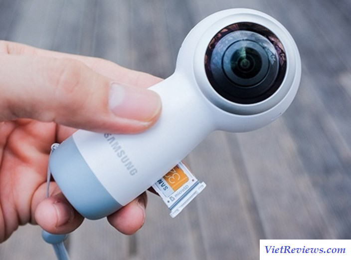 Camera Samsung Gear 360 model 2017 (Trắng)
