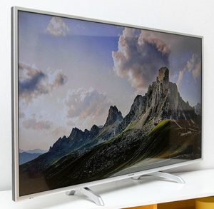 Internet LED Tivi Panasonic 55 Inch - Model TH-55DS630V